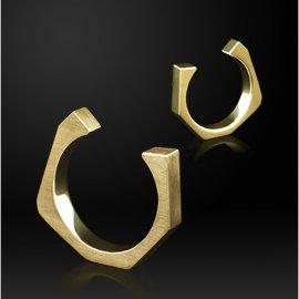 Der WIENER RING ist in Form der Wiener Ringstrasse gestaltet.