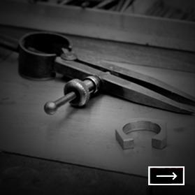 GOLDSCHMIEDE NIKL präsentiert den WIENER RING - Das Schmuckstück in form der Wiener Ringstrasse